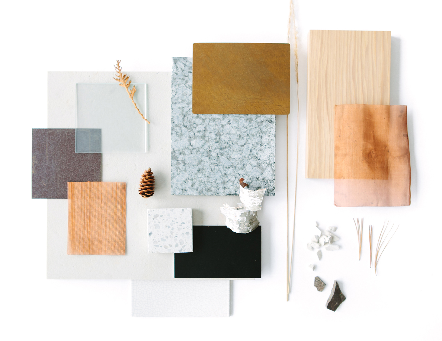 - All of these components and functions are precisely interlaced into a three-dimensional, functional weave: views, vegetation, sun, stone, steel, copper, glass, trees, and timber.This material palette and complex layering inspired by the North Shore wilderness is assembled with a modernist order, efficiency and clean line, while embracing metamorphosis in patina and vegetation. Soft natural light touches all the rooms, even with drapery drawn, through roof light tubes concealed by an etched glass ceiling. Like the tranquility of a translucent ice covered lake, the etched glass floors/ceilings have an immaterial lightness.