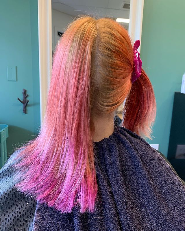 Something wicked this way comes... #canmorehairsalon #canmorehairstylist #salon83 #splithair #purple #purplehair #orange #orangehair #halloweentown #coolhair #lovemyjob #thanksnadine #thatwasfun #brightenup #flowhaircare