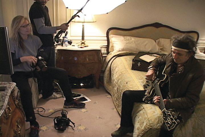 Annie Leibovitz photographing Keith Richards