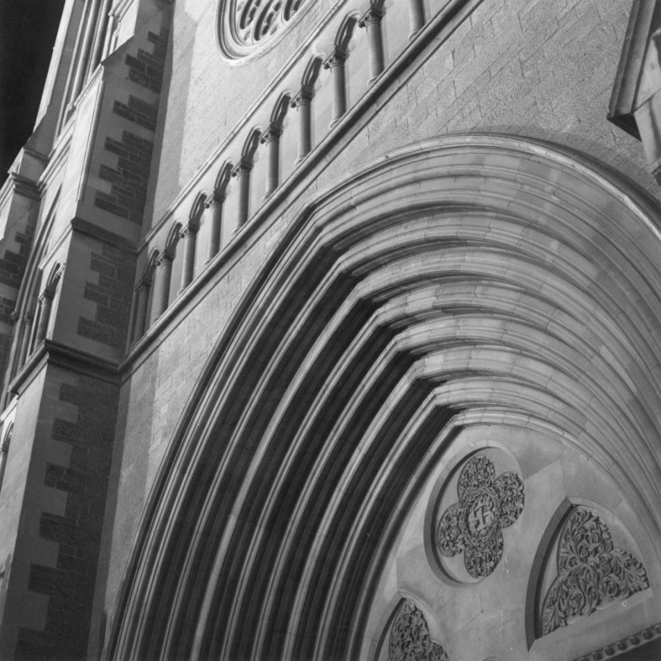 st peters cathedral Mamiya.jpg