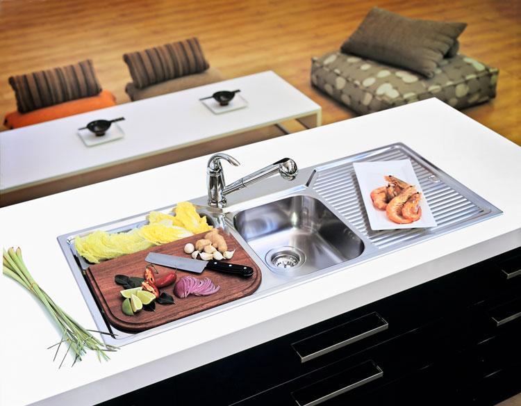 commercial food kitchen.jpg