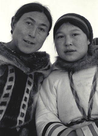 Aggeok and Kooyoo Pitseolak