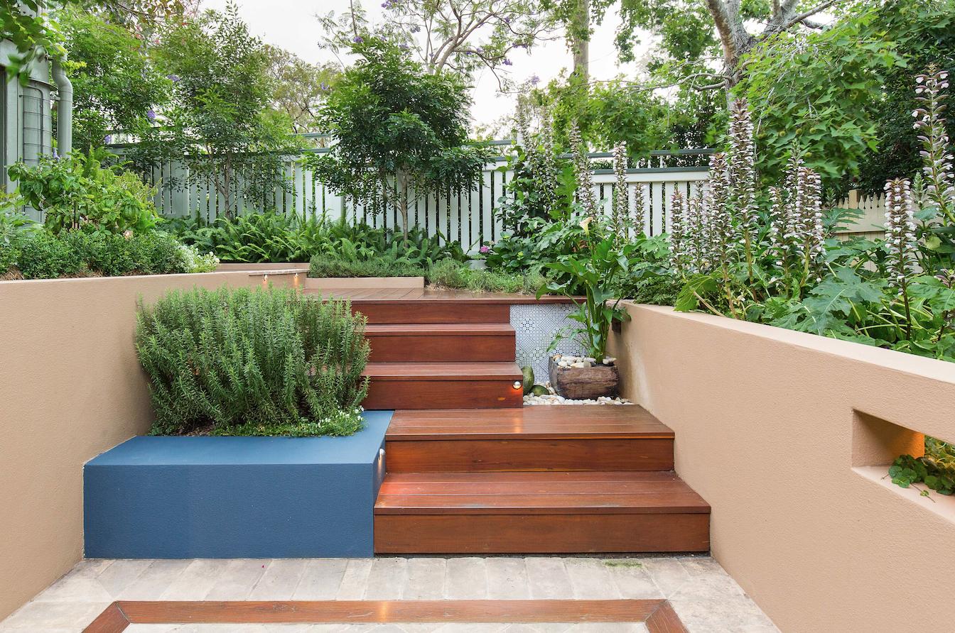 Courtyard-garden-1.jpg
