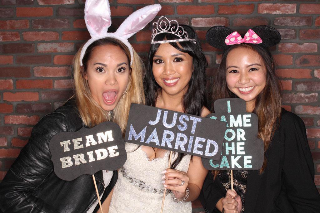 Southern California Wedding Photobooth Photo Booth Wedding Ideas-6.jpg