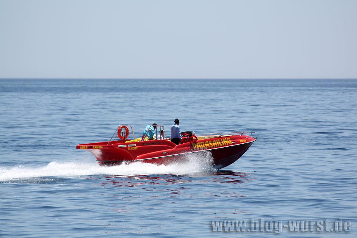 Ein Zugboot