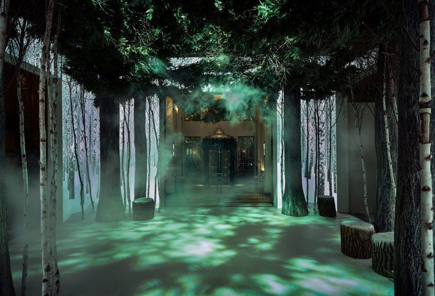 jony-ive-marc-newson-christmas-tree-design-claridges-london_dezeen_1704_col_0-852x579.jpg
