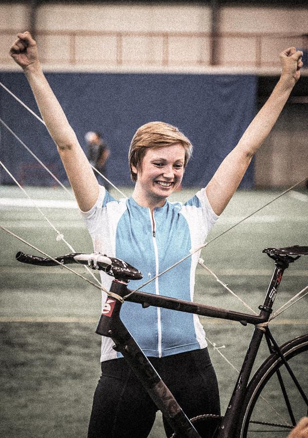 Alexis Reichert lands safely after her 53 second World Record Flight.