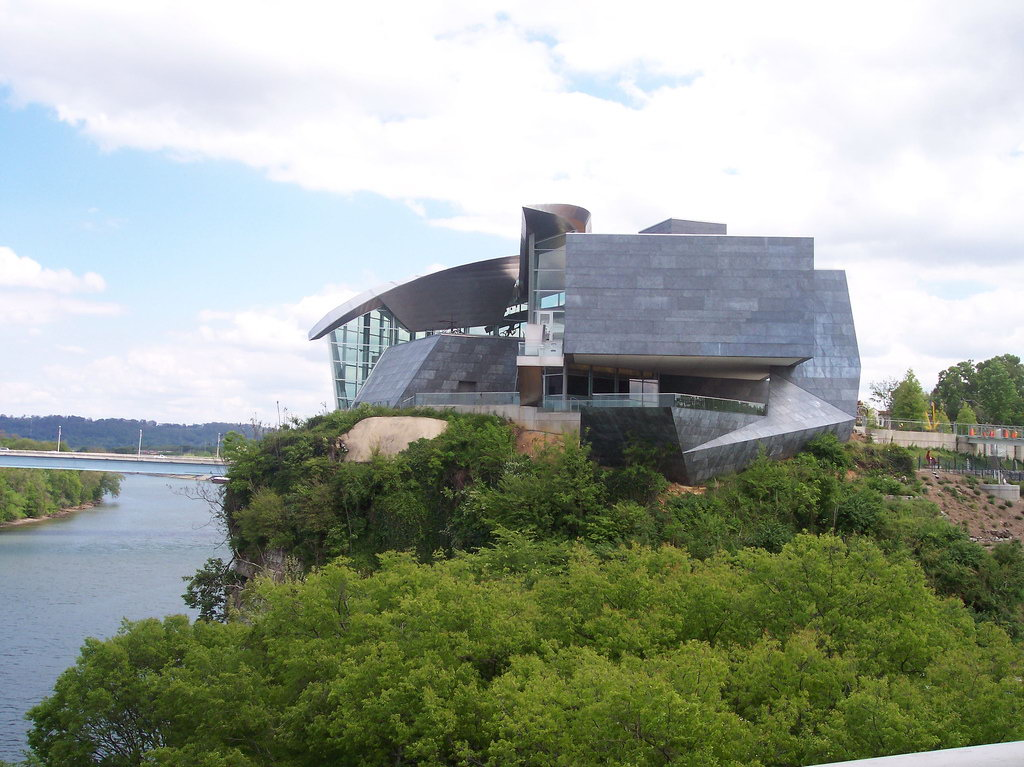 The Hunter Museum of American Art sits atop the bluff overlooking the Tennessee River. The Walnut Street Bridge is a walking bridge that makes this and other attractions easily accessible by bike or on foot.