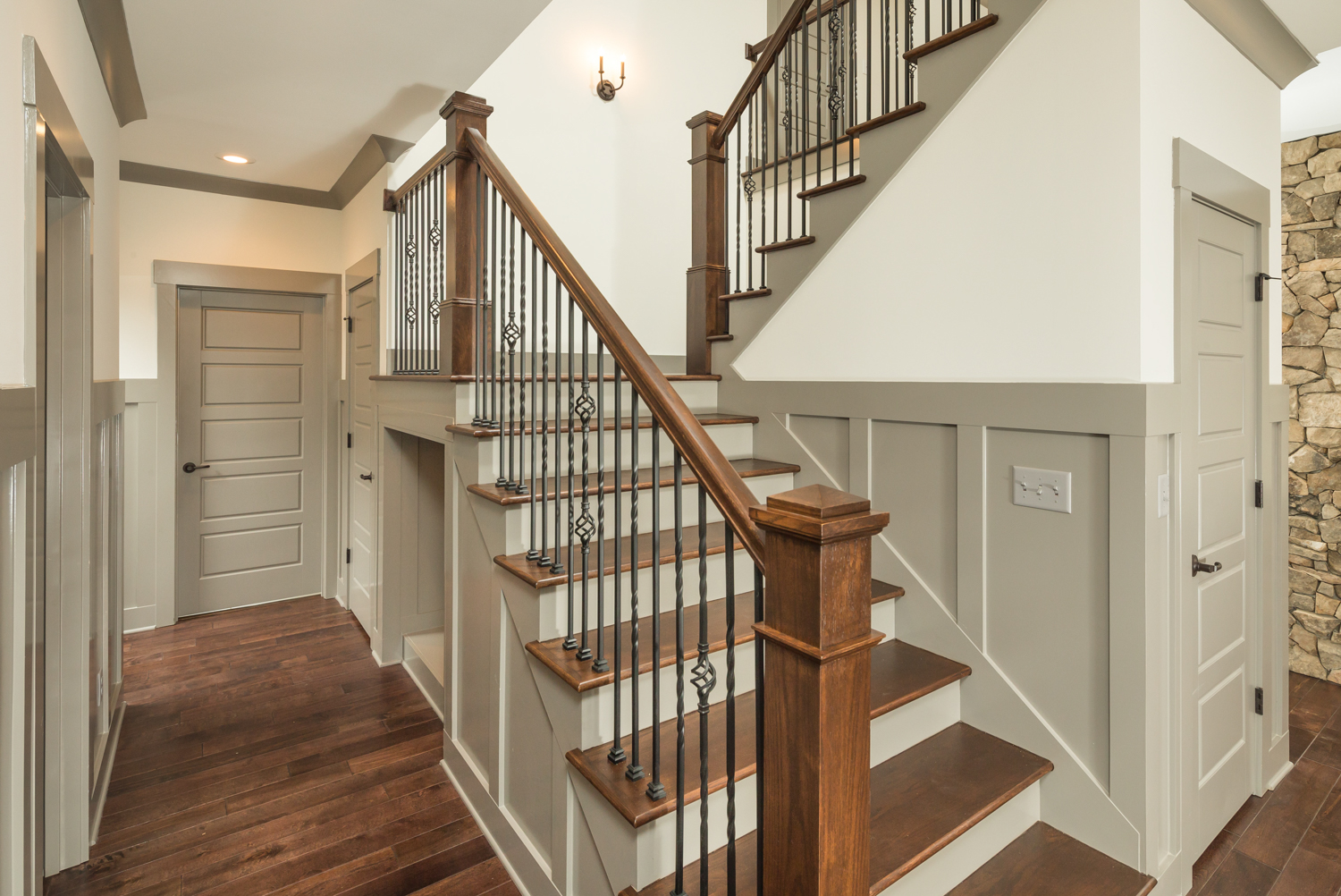 staircase-with-kids-cubby