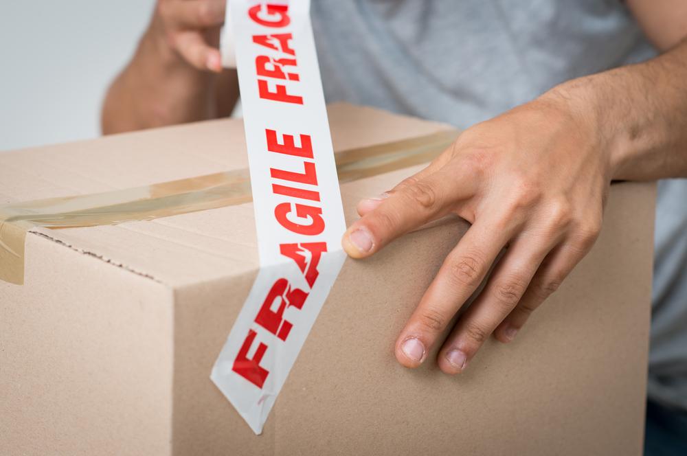 Packing-Fragile-Items.jpg