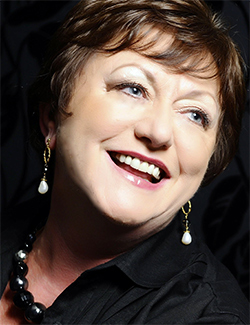 Eiddwen Harrhy  soprano