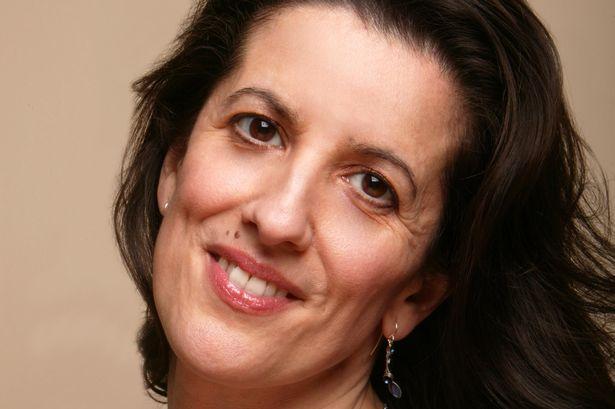 Mary Plazas  soprano