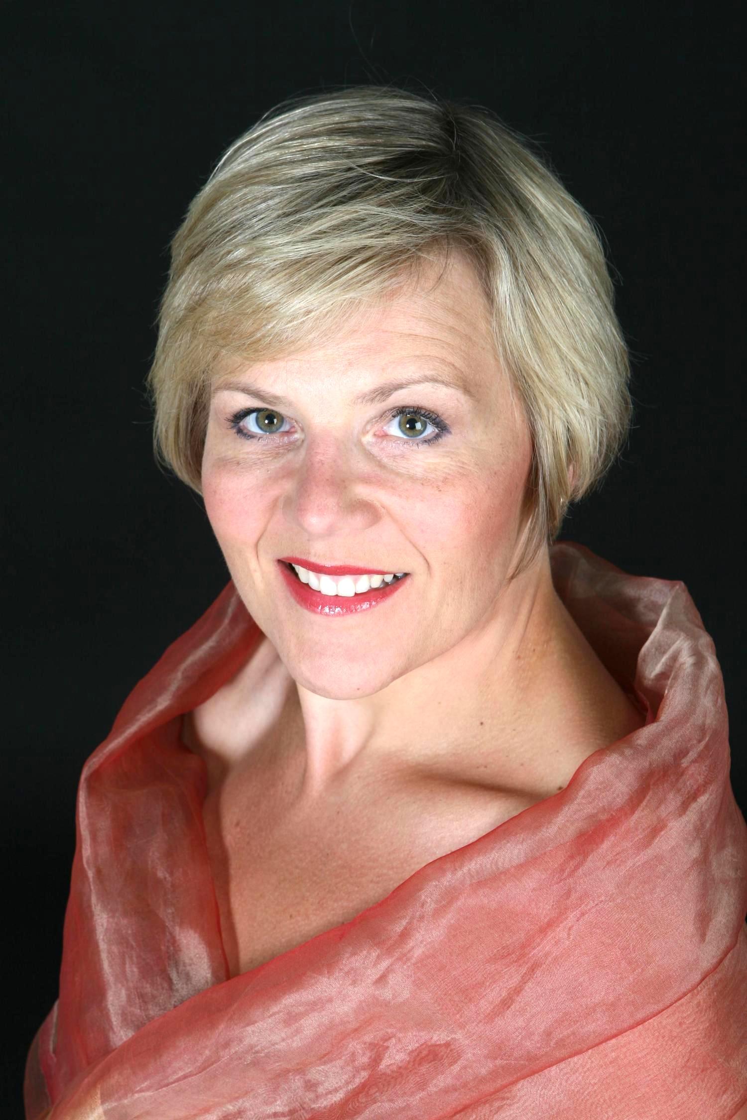 Louise Winter  mezzo