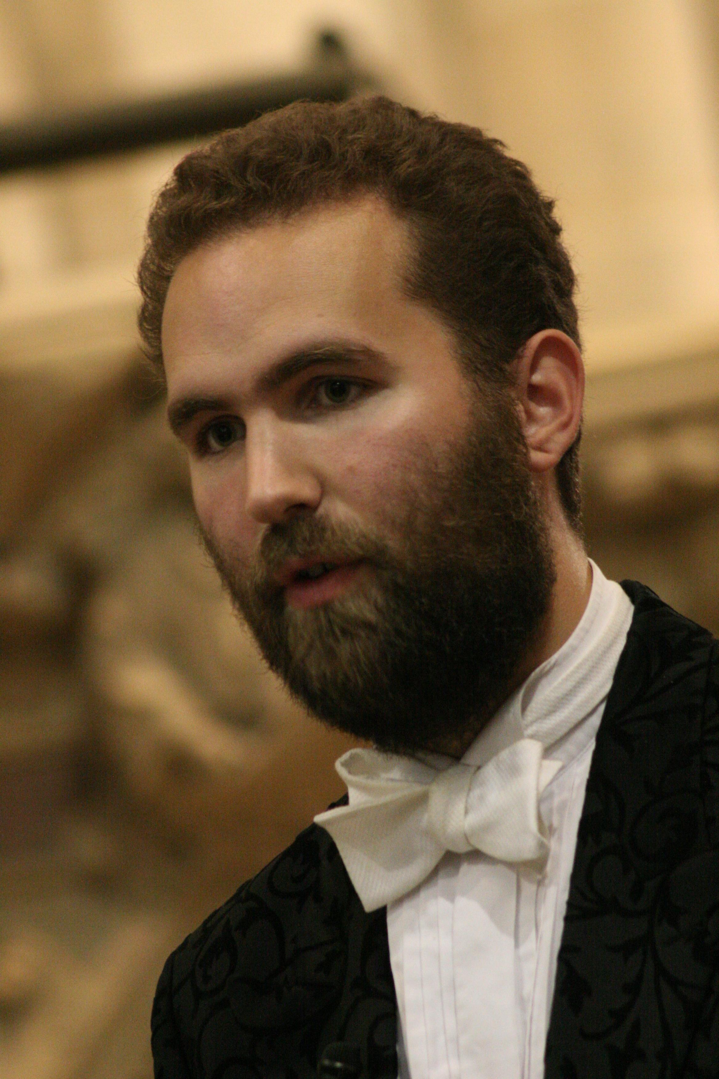 David Gostick  co-opera-co head of music