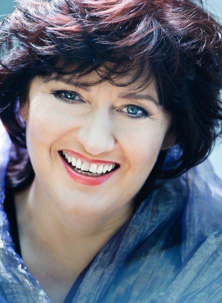 Mezzo soprano Catherine Wyn-Rogers