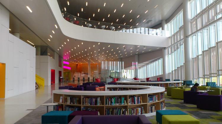 Hunt Library, North Carolina State University, Image Credit: Payton Chunghttps://www.flickr.com/photos/paytonc/8758631495/