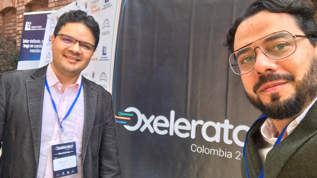 Andres Tellez and Juan Manuel España participating at the Oxelerator 2019