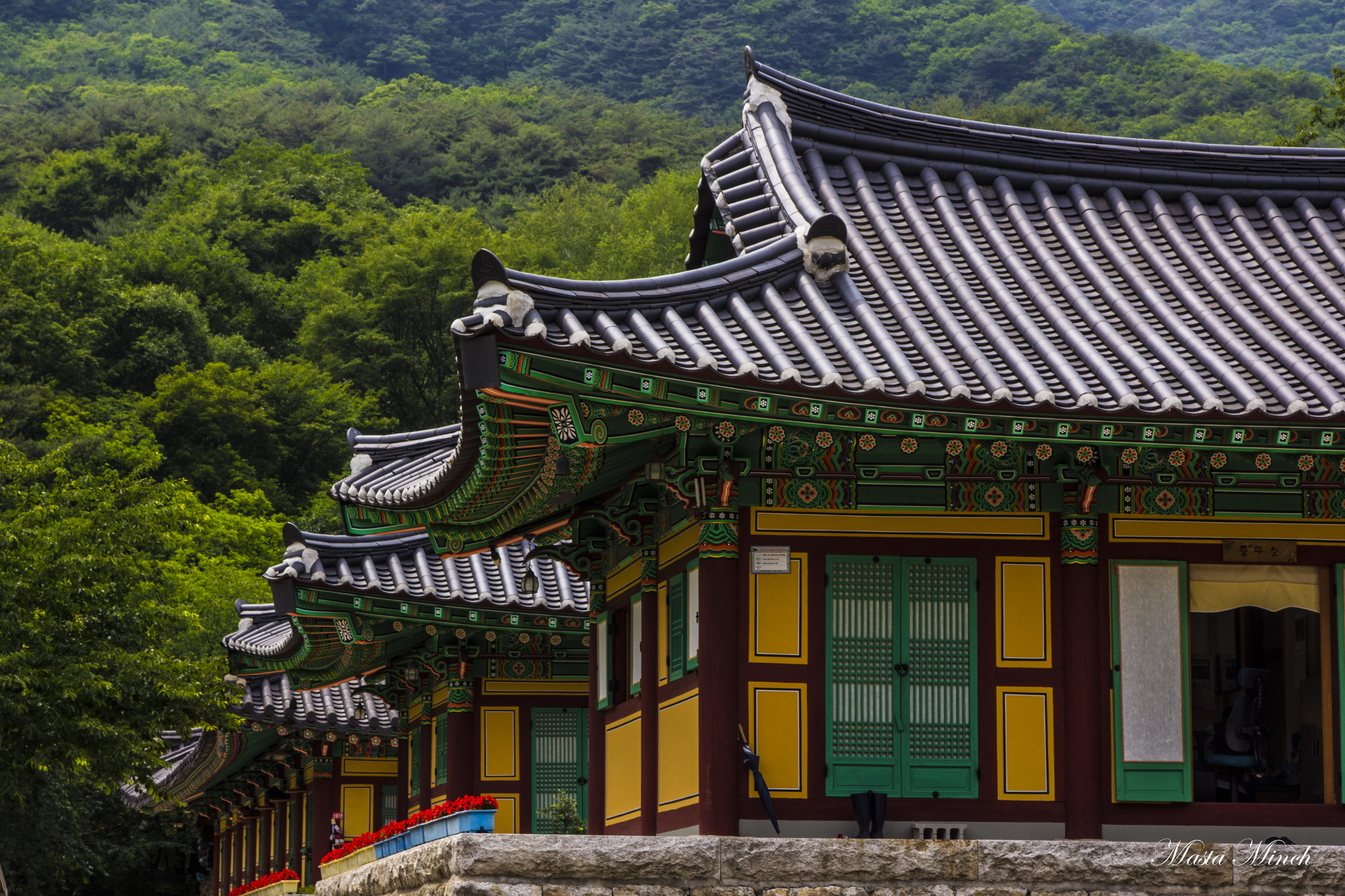 The houses for Monks in Cheonpyeongsa 천평사 that you get to by taking a ferry boat over a super dry lake.