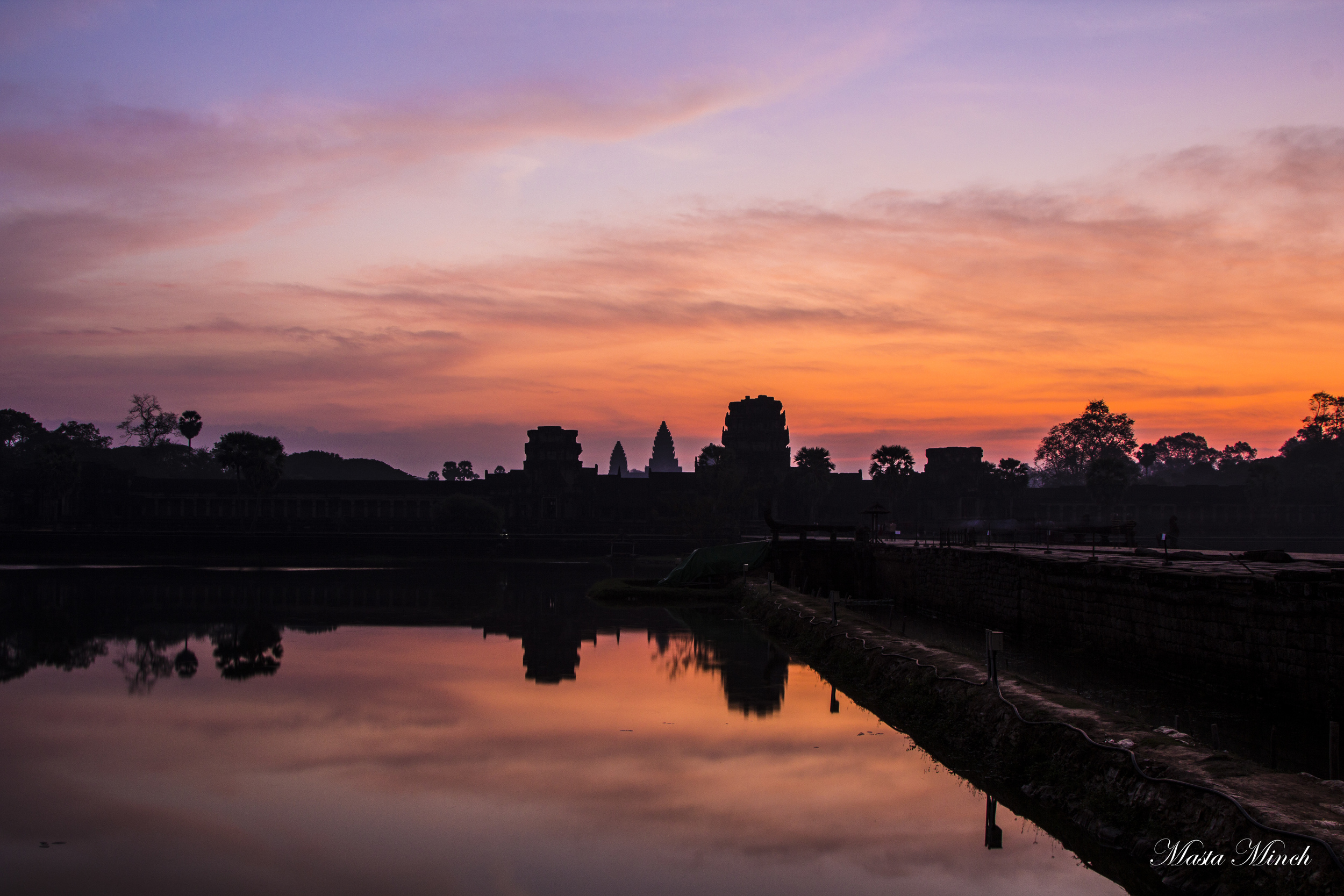 The amazing view of Angkor Wat in the early morning sun at 5:00AM