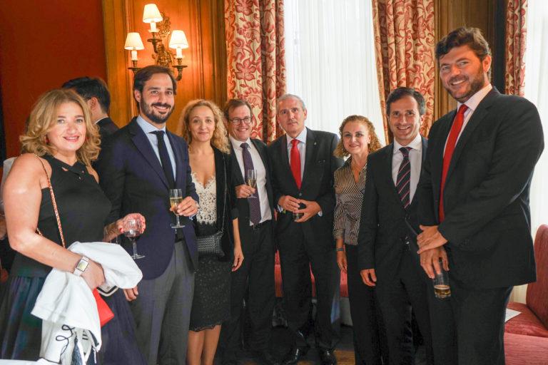 12-octubre-2017-Embajada-Londres-126-768x512.jpg