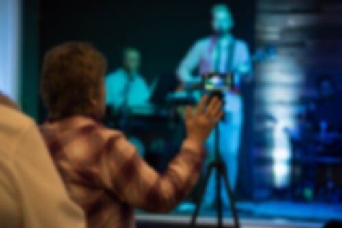 Worship Experience - Worship at Crossroads is a vital aspect of being a follower of Jesus. We work to create an experience that is vibrant, God-focused and inspiring. The music is generally