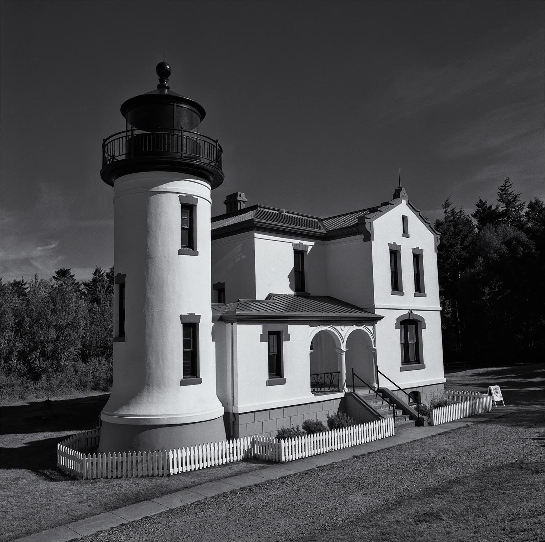 Ft. Casey Lighthouse.jpg