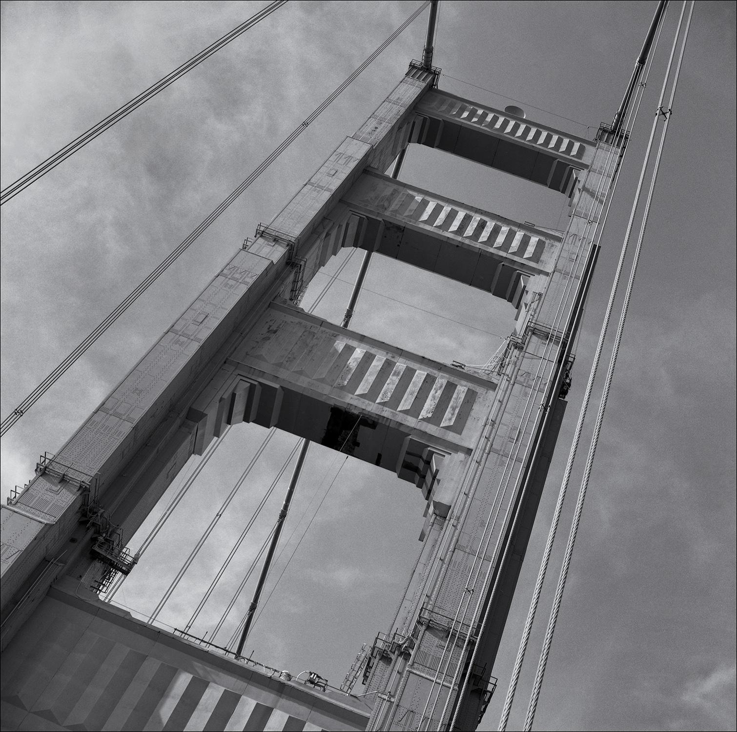 Golden Gate Bridge tower.jpg