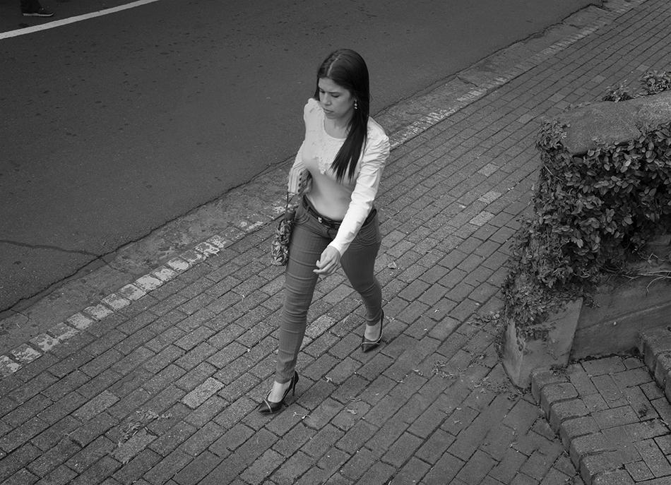Costa Rican woman.jpg