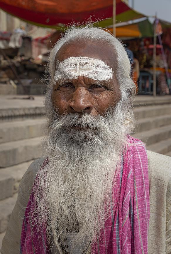 Varanasi holy man 1.jpg