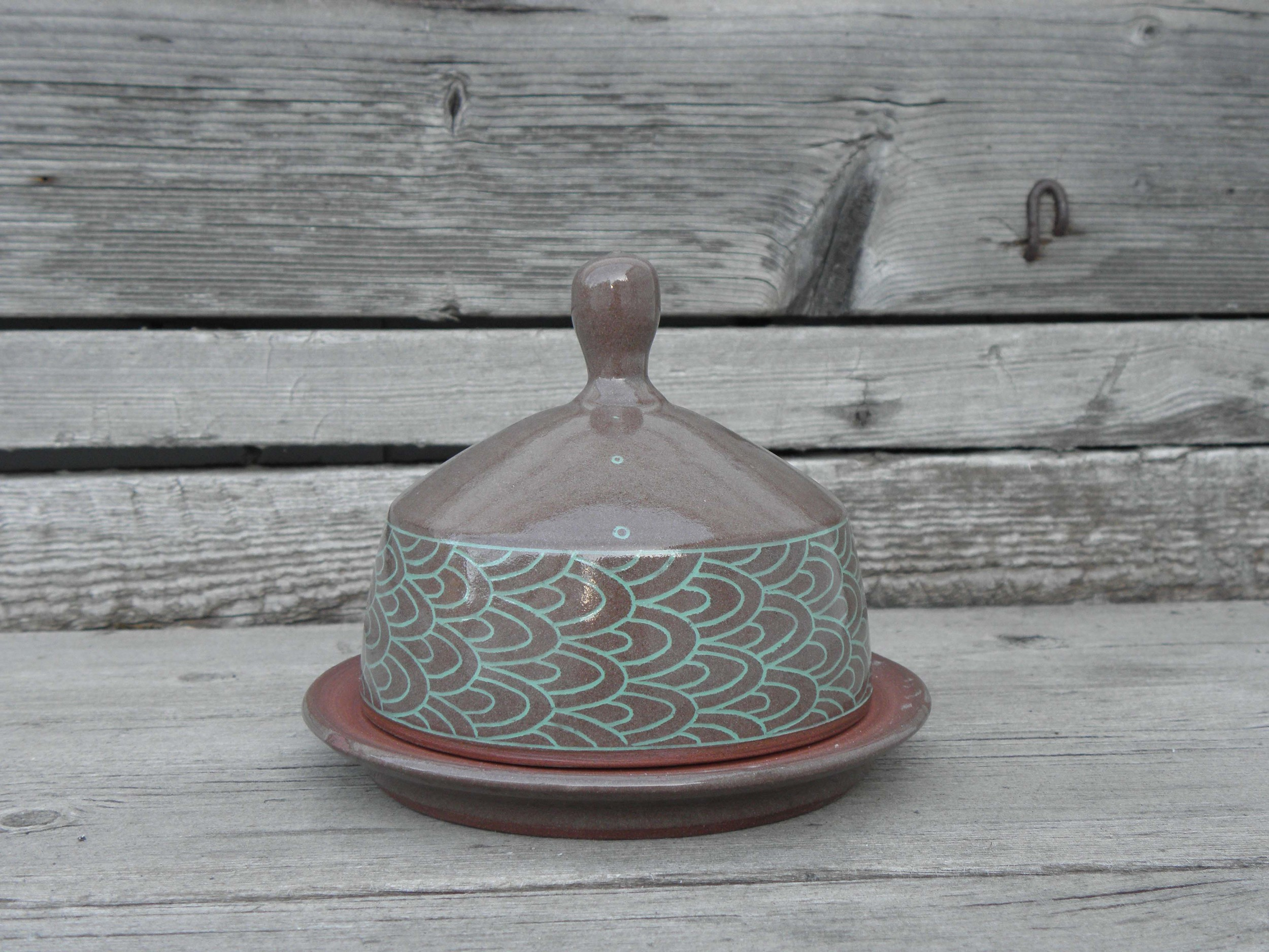 Scale Banded Butter Dish