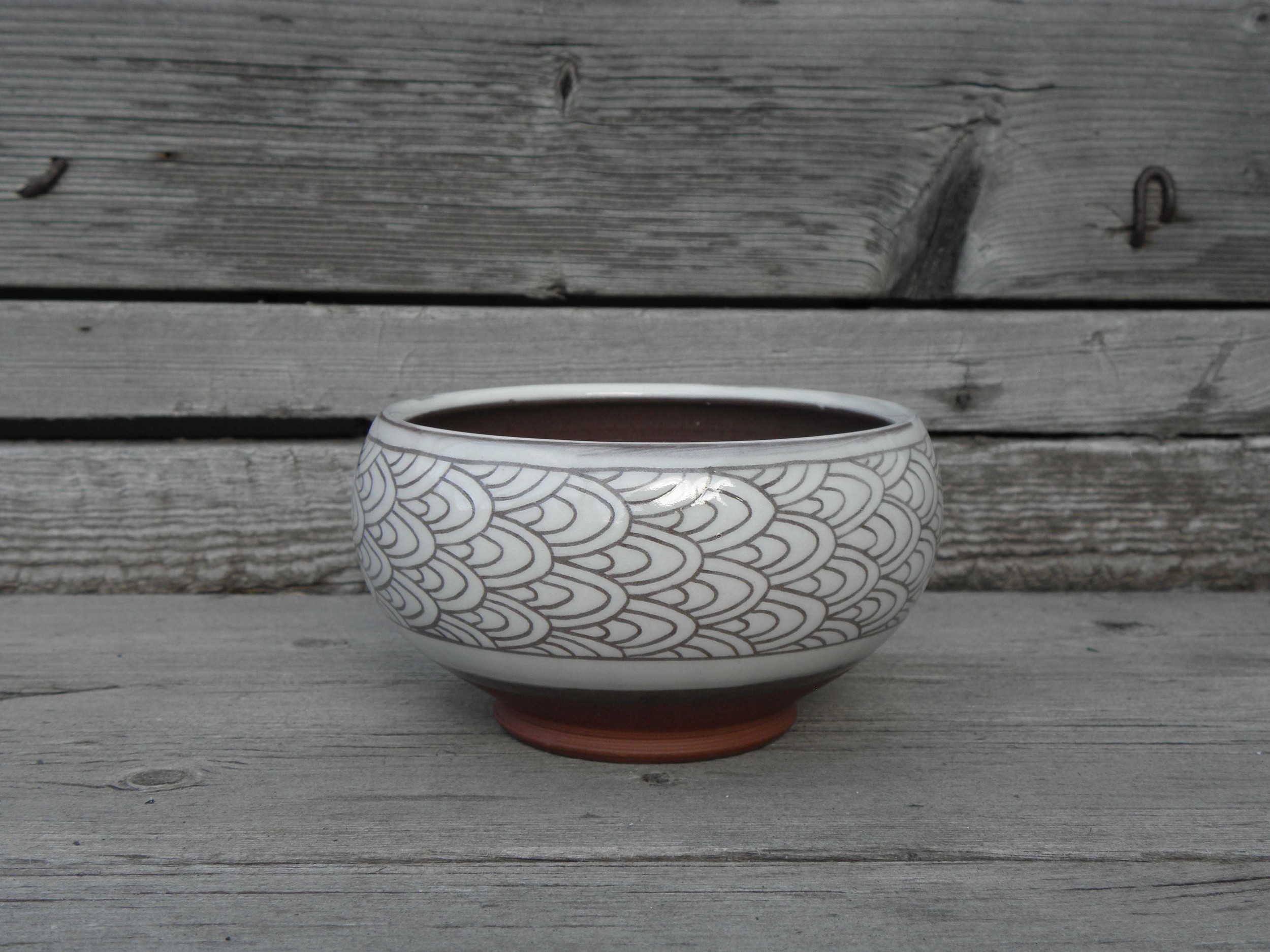 Scale Banded Soup Bowl, white