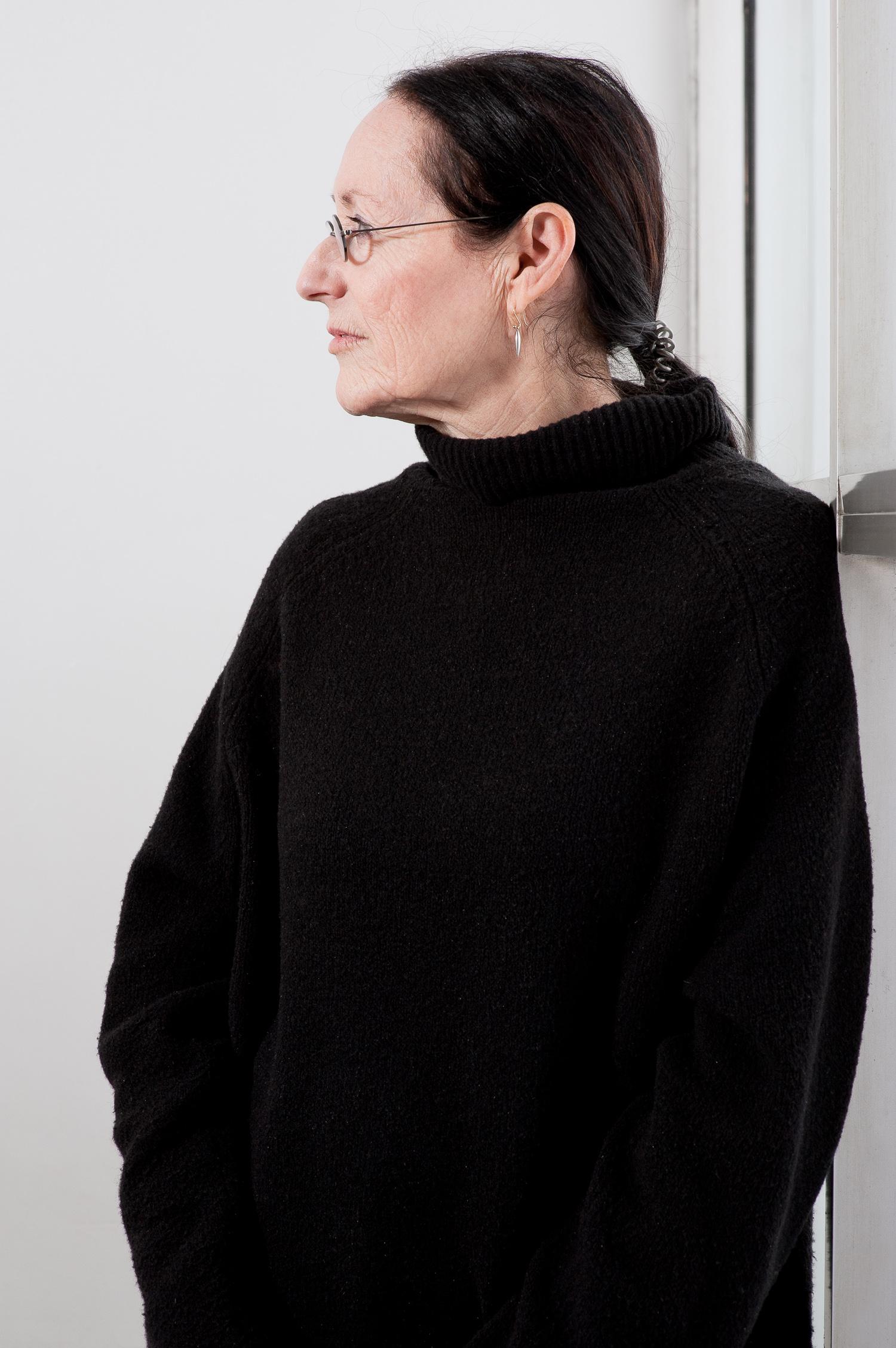 Shooting the Judges Sheila Levran de Brettville - Yale University