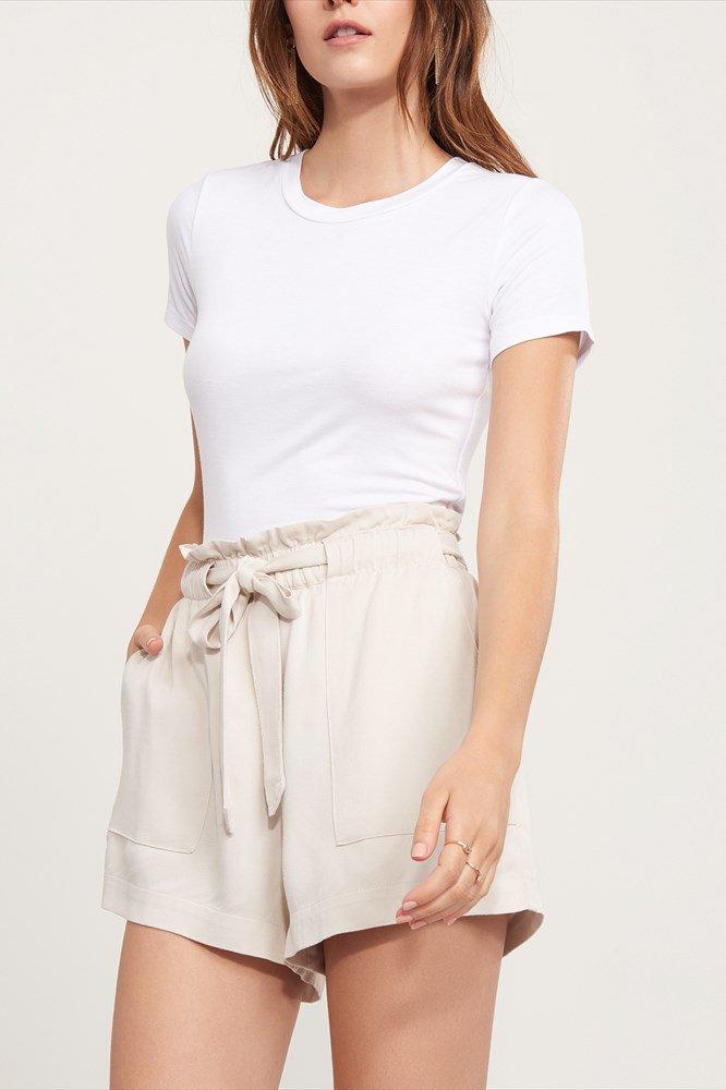Paula: High-waisted Shorts