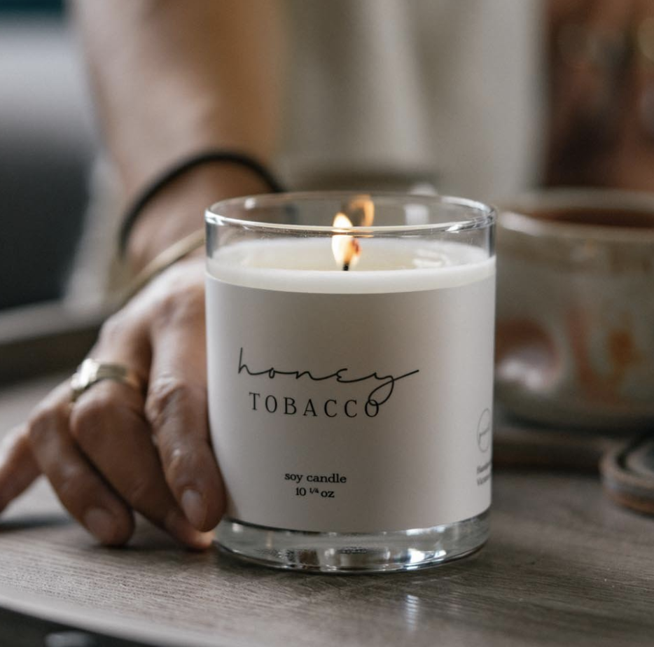 Laura: Honey Tobacco Soy Candle