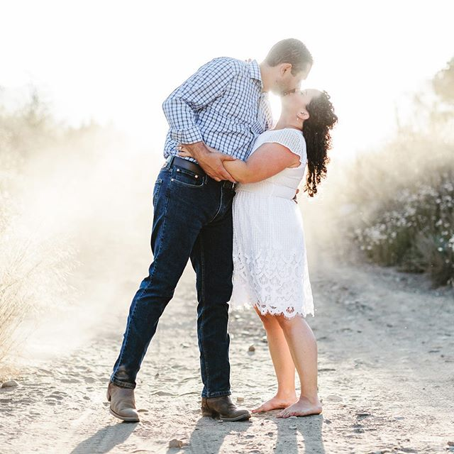 Ever have 35 bug bites that don't stop itching for days? Well Angie, Jason and I have and still do! But was totally worth it! Thanks for exploring and adventuring for for engagement photos!! 😁🎉❤️❤️