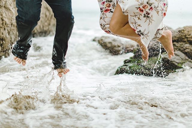 Love having all these engagement sessions right now! Getting to meet all the awesome fun couples we will get to spend the day with next year! Like Arielle and Calvin! I'm pretty sure we lasted 15min before we were half soaked and playing in the water! 💧 🌊 🏖