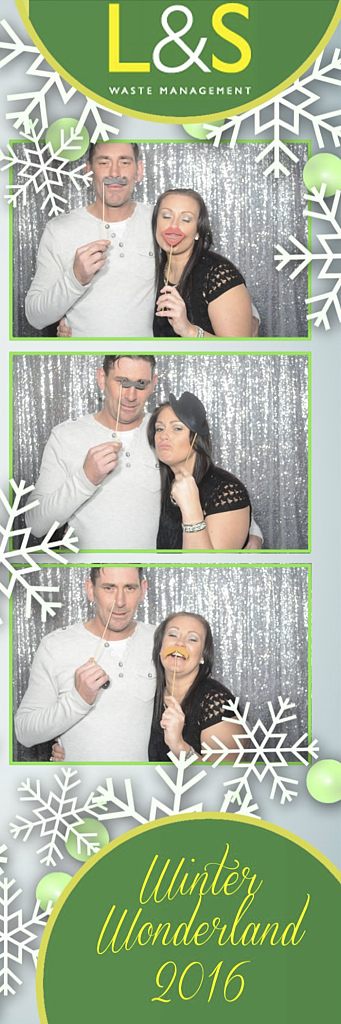 L&S Waste Xmas Photobooth DS193403.jpg