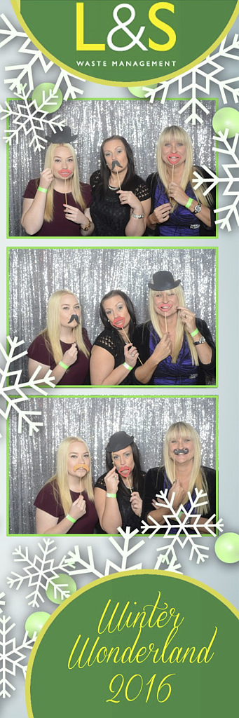 L&S Waste Xmas Photobooth DS193752.jpg