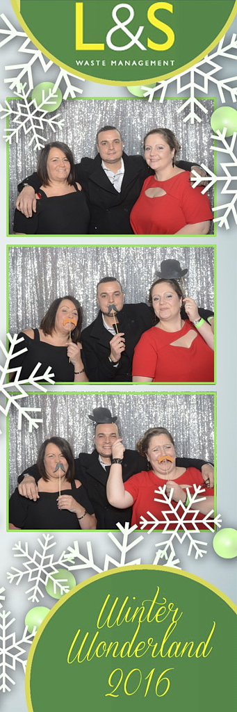 L&S Waste Xmas Photobooth DS195938.jpg