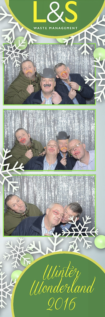L&S Waste Xmas Photobooth DS201354.jpg