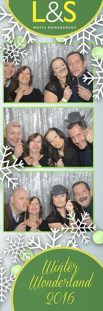 L&S Waste Xmas Photobooth DS202223.jpg