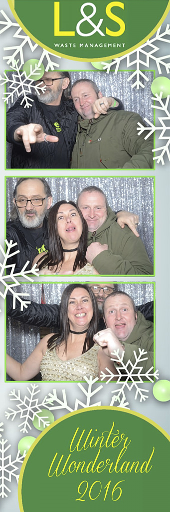 L&S Waste Xmas Photobooth DS204655.jpg
