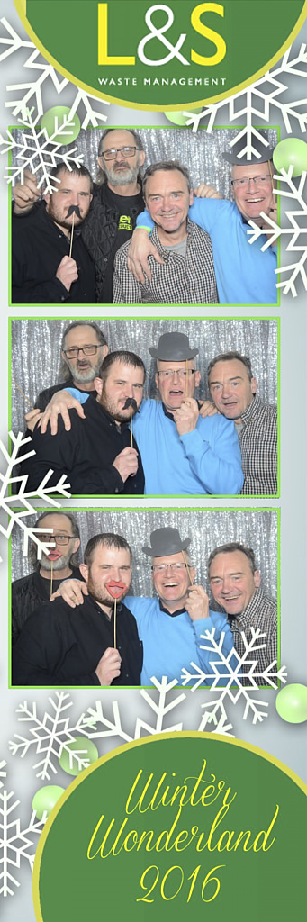 L&S Waste Xmas Photobooth DS204859.jpg
