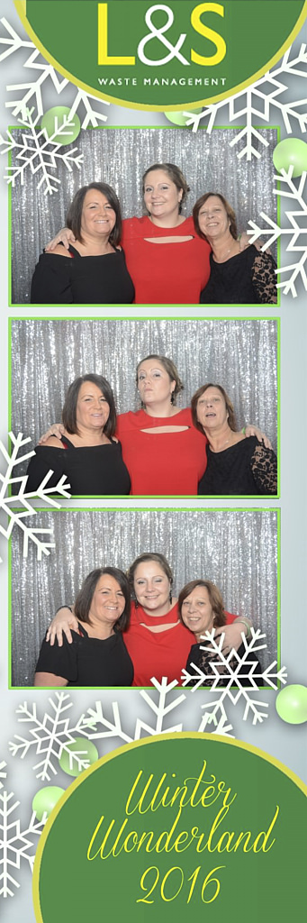 L&S Waste Xmas Photobooth DS205210.jpg