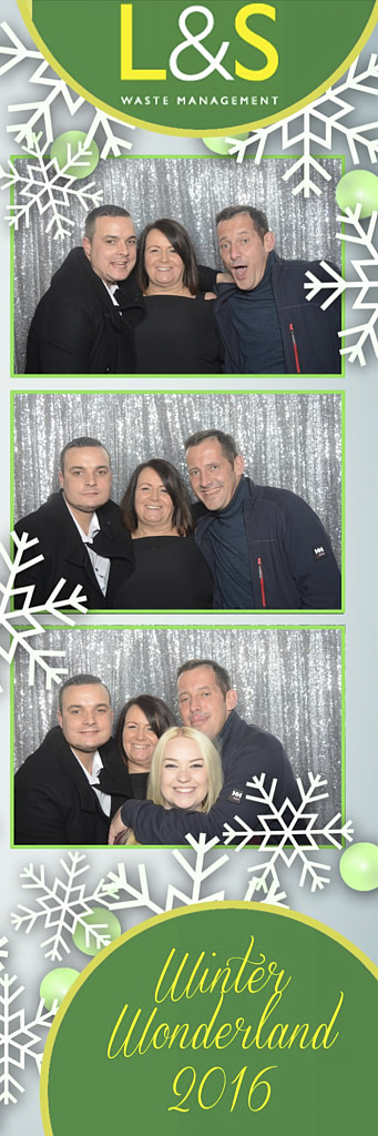 L&S Waste Xmas Photobooth DS213629.jpg