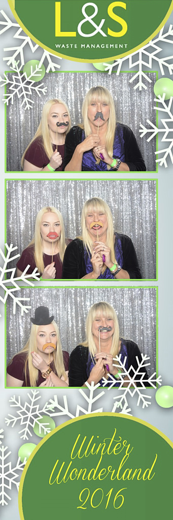 L&S Waste Xmas Photobooth DS214138.jpg