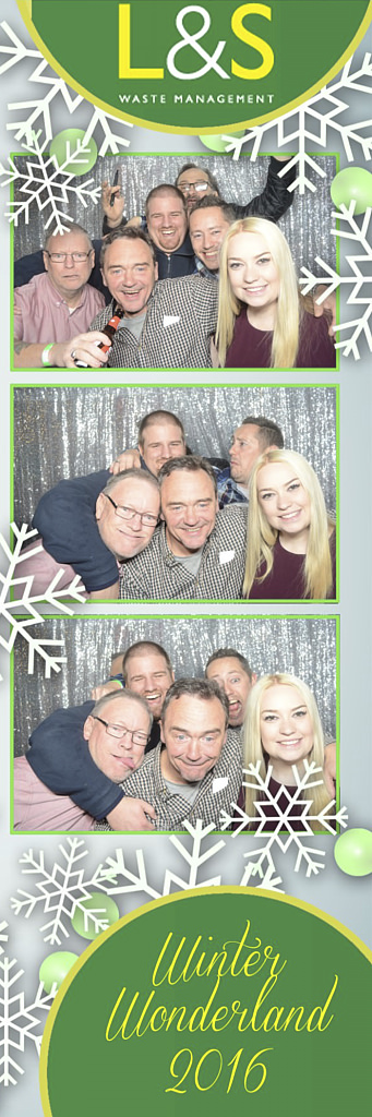 L&S Waste Xmas Photobooth DS222458.jpg