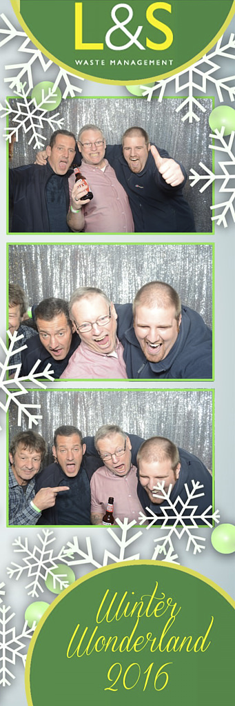 L&S Waste Xmas Photobooth DS223029.jpg