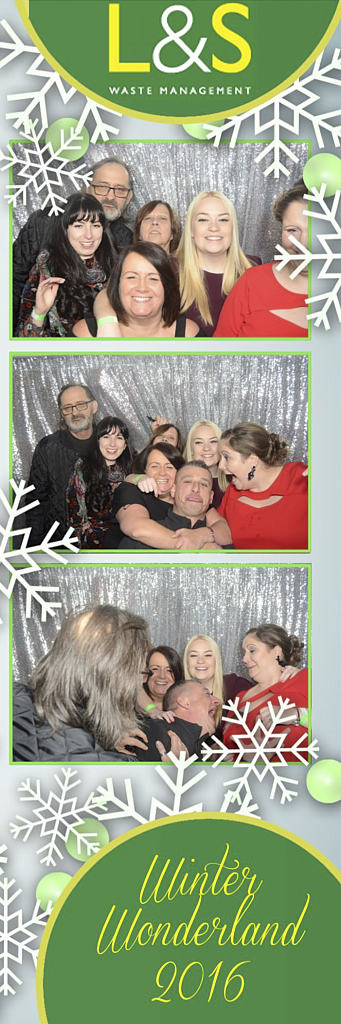 L&S Waste Xmas Photobooth DS223811.jpg