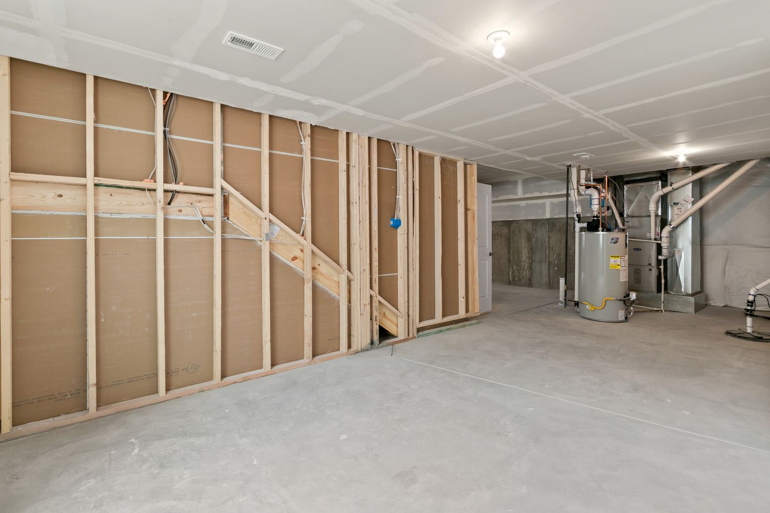 030-Basement-7199-E-163rd-Ave-Large.jpg